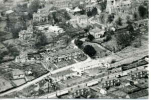 view cromwell view about 1956271